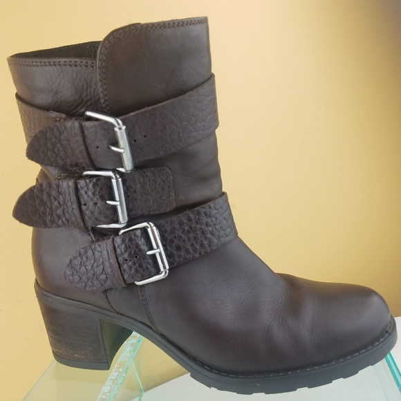 b097874e23107 Clarks Shoes | Artisan Brown Leather 3strap Ankle Boots 7 | Poshmark